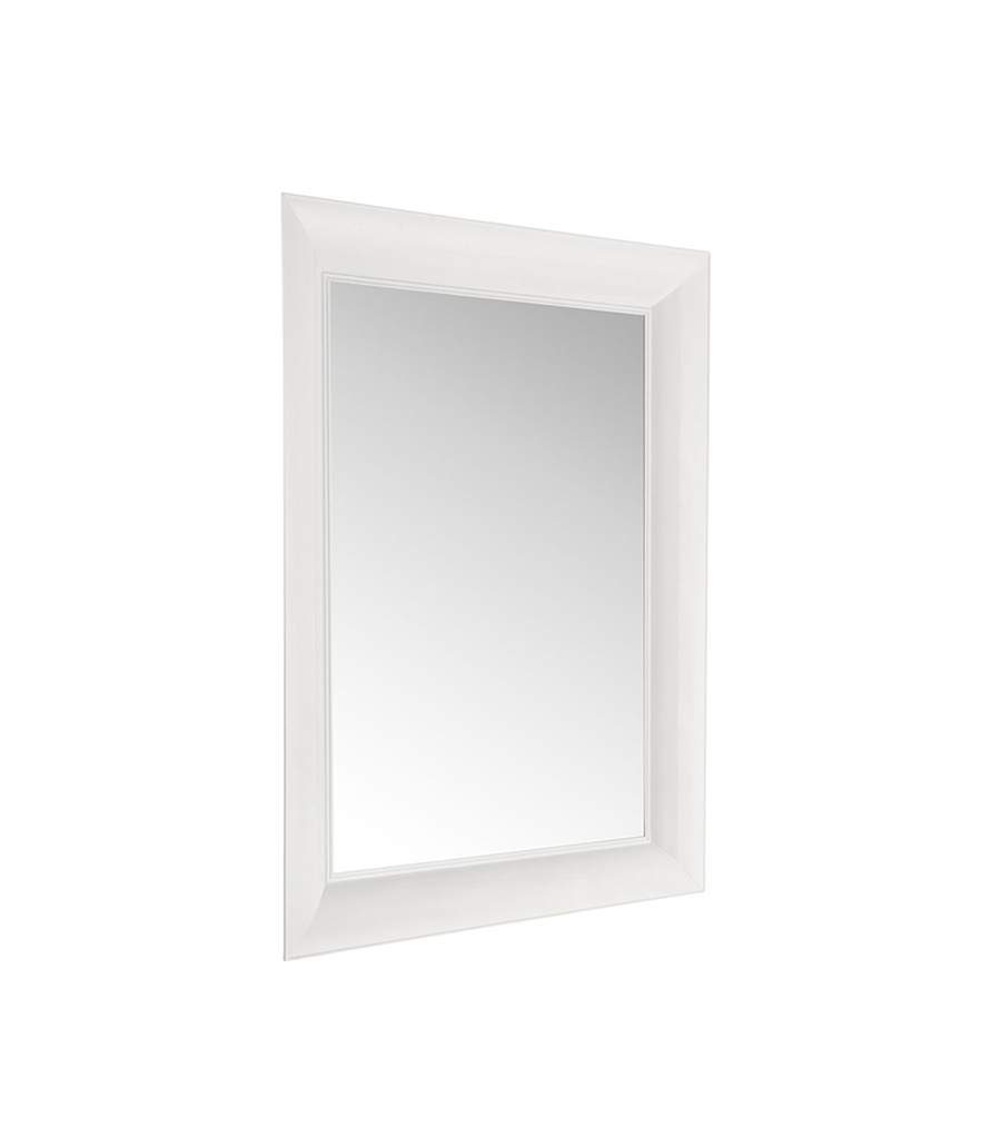 kartell miroir fran ois ghost petit francois ghost blanc polycarbonate color dans la masse. Black Bedroom Furniture Sets. Home Design Ideas