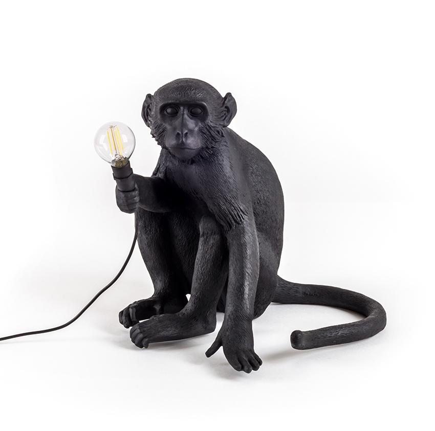 seletti lampe de table monkey lamp led black edition noir r sine. Black Bedroom Furniture Sets. Home Design Ideas
