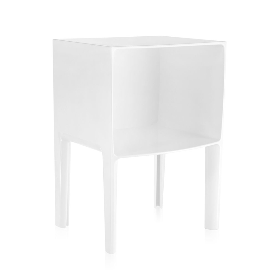 kartell table de chevet small ghost buster blanc teint dans la masse pmma. Black Bedroom Furniture Sets. Home Design Ideas