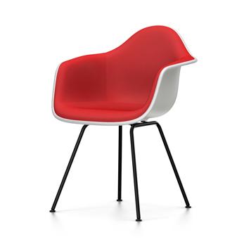 VITRA chaise fauteuil avec rembourrage total et piètement noir Eames Plastic Armchair DAX NOUVELLES DIMENSIONS (Blanc, coussin rougeRouge coquelicot
