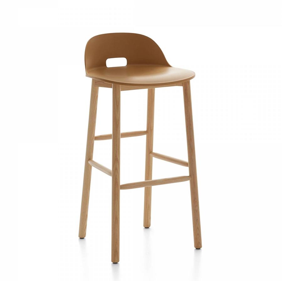 emeco alfi barstool low back tabouret avec le dossier bas sable et fr ne clair polypropyl ne. Black Bedroom Furniture Sets. Home Design Ideas