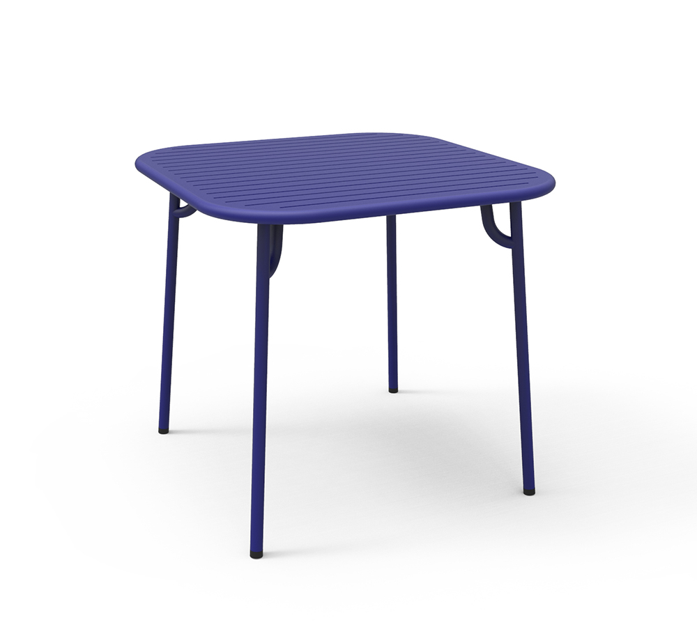 petite friture table carr e pour l 39 ext rieur week end bleu aluminium verni par poudre epoxy. Black Bedroom Furniture Sets. Home Design Ideas
