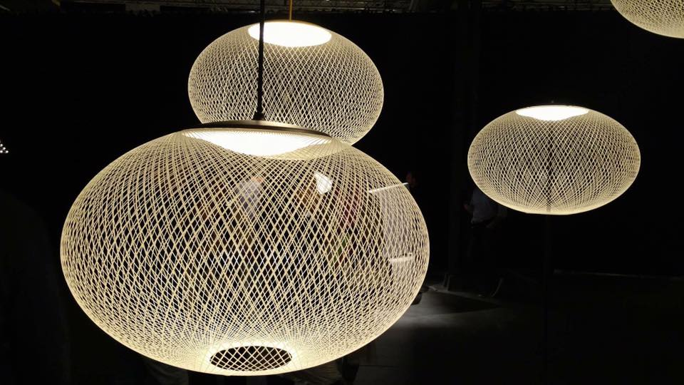 moooi lampe suspension nr2 medium noir fibre de verre. Black Bedroom Furniture Sets. Home Design Ideas