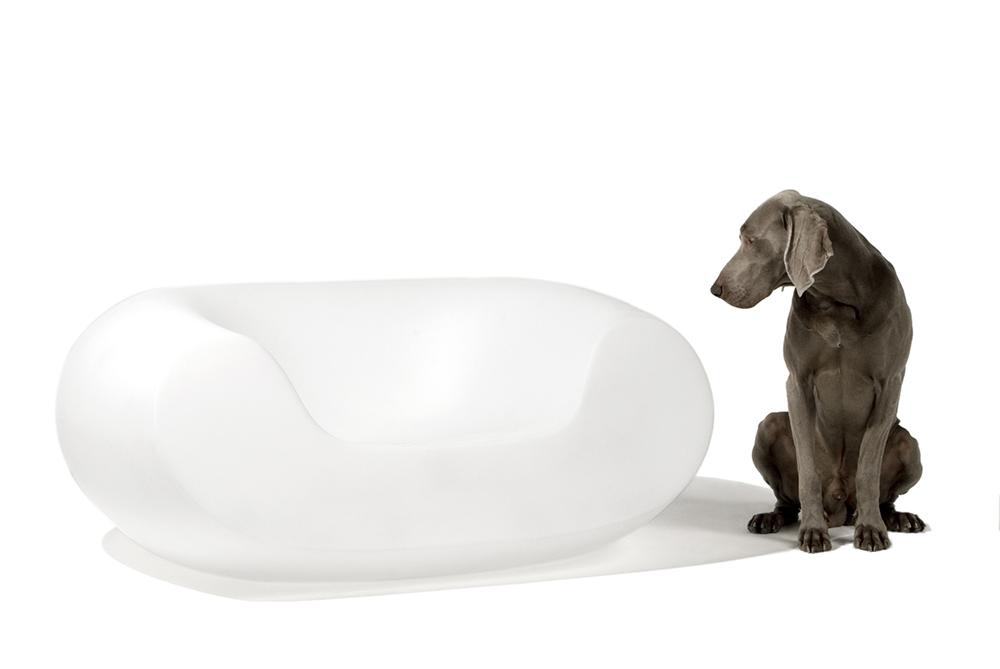 SLIDE fauteuil CHUBBY (Blanc lait Polyéthylène)