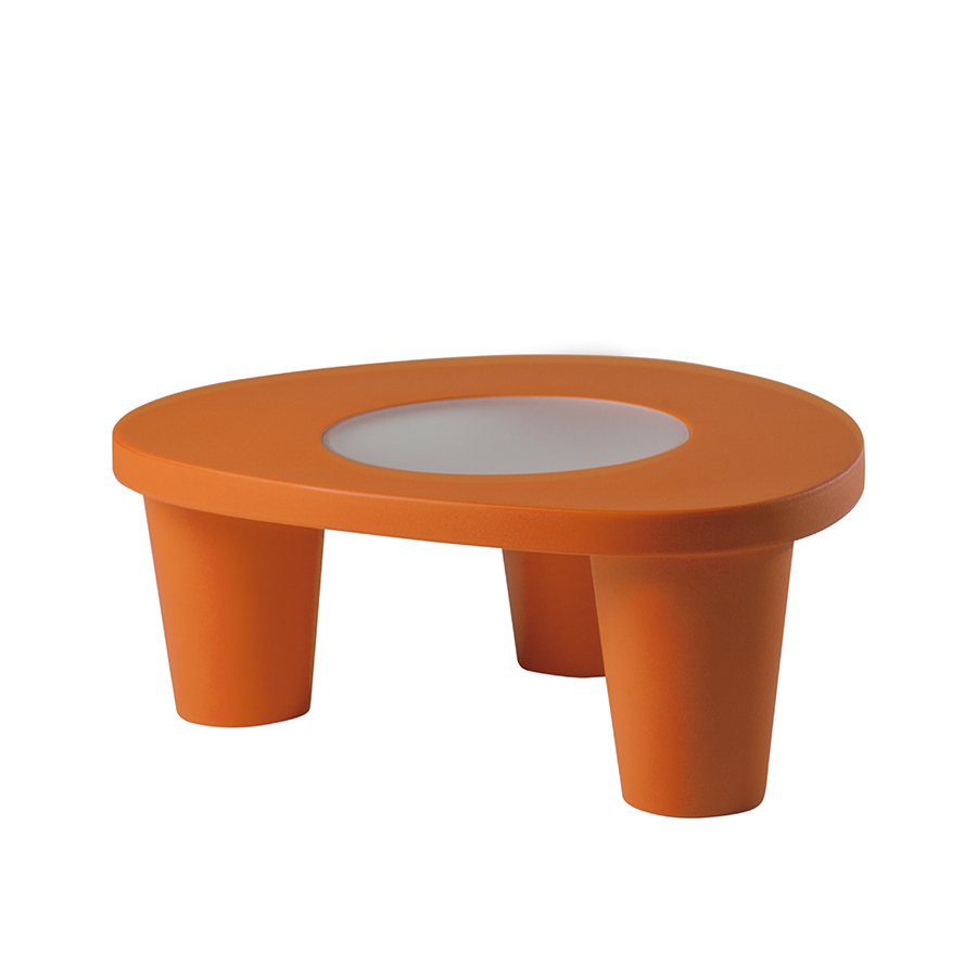 Slide table basse low lita table orange poly thyl ne for Table basse orange