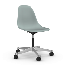 VITRA chair on wheels Eames Plastic Side Chair PSCC